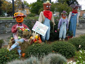 Welcome to the 5th Annual Scarecrow Festival in downtown Manchester, CT.