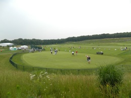 a Traveler's Championship practice field at beautiful River Highlands.