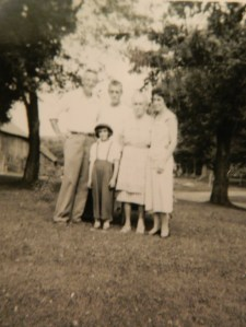 Uncle Frank Sheedy, Dad, Gram Bennett, Mom, and Candy in front.