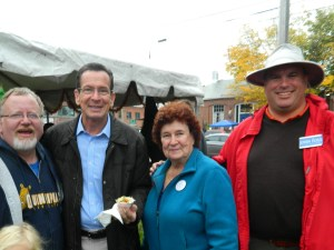 Mayor Donald Trinks, Gov. Dannel Malloy, Anita Mips and 7th district senatorial candidate John Foxx.