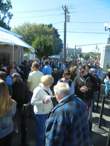 On sunday, October 5 the line for apple fritters stretched about two blocks length.