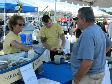 Beautiful weather acompamied 2015 Taste of Mystic in Mystic, Connecticut.