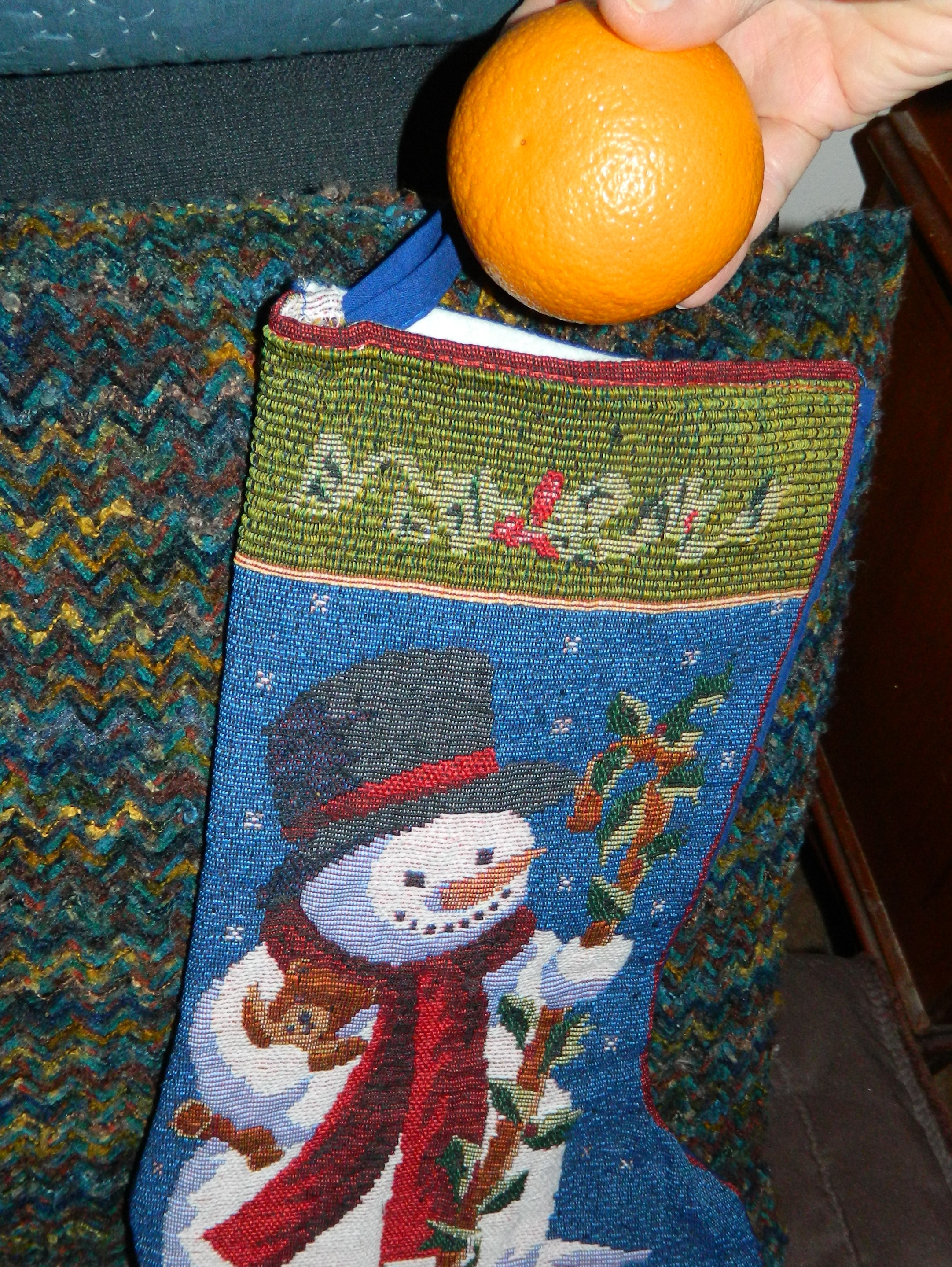 Christmas baking oranges in stockings newsandviewsjb for Baking oranges for christmas decoration